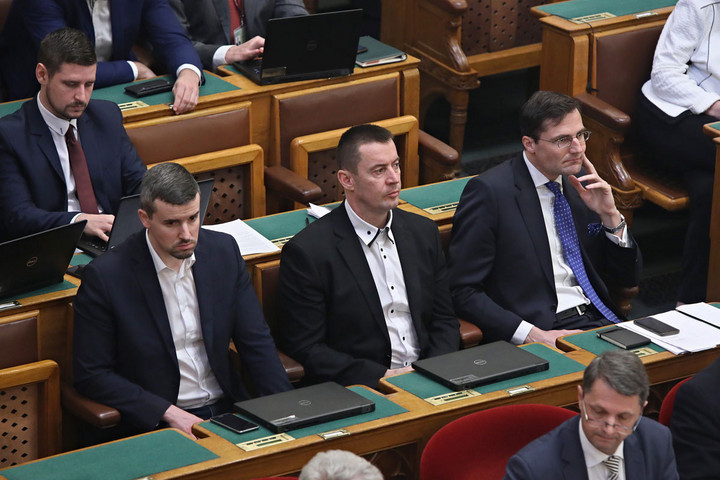 Követi az MSZP-t a lejtőn a Jobbik