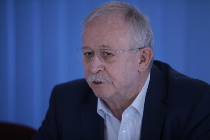 A KDNP tiltakozik Kuncze Gábor kereszténygyalázó posztja ellen