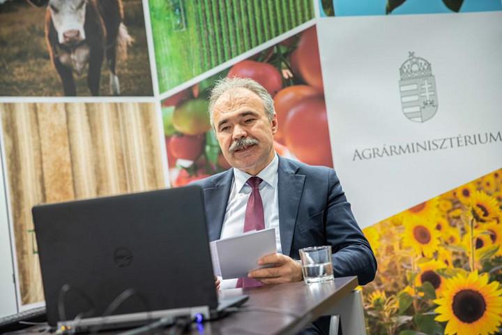 Huszonöt milliárd forintos válságkezelő támogatási programot készített elő az agrártárca