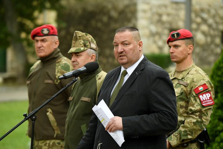 """""""A Magyar Honvédség az ország legbiztosabb munkáltatója"""""""