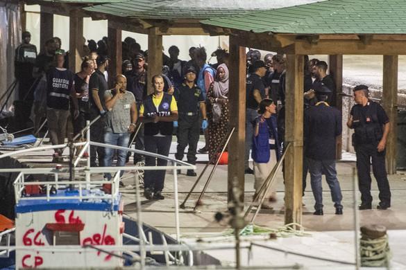 A migránsok befogadását követelik a civil szervezetek Olaszországtól