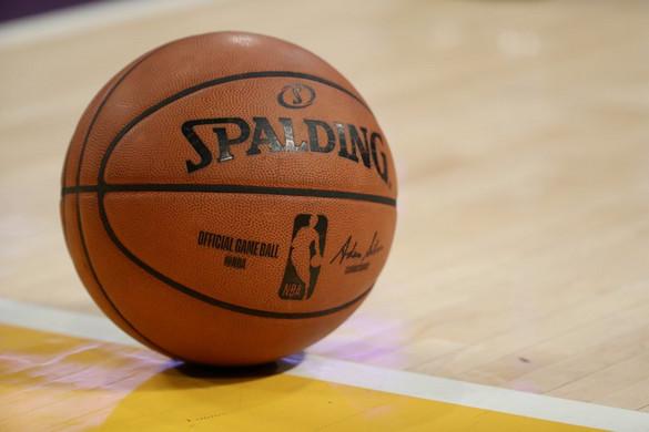 Közel négy évtized után új labdagyártója lesz az NBA-nek