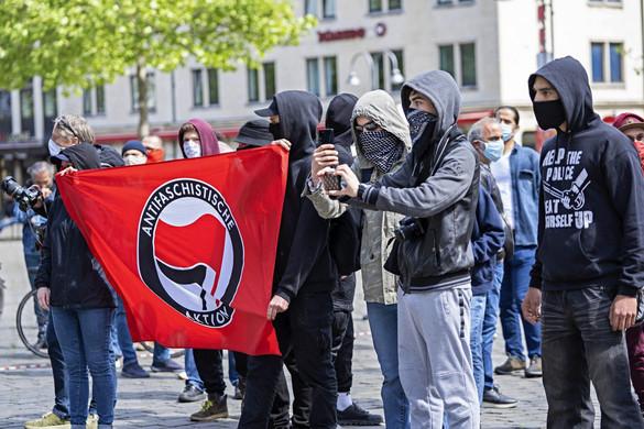 Liberális kettős mérce és antifa terror