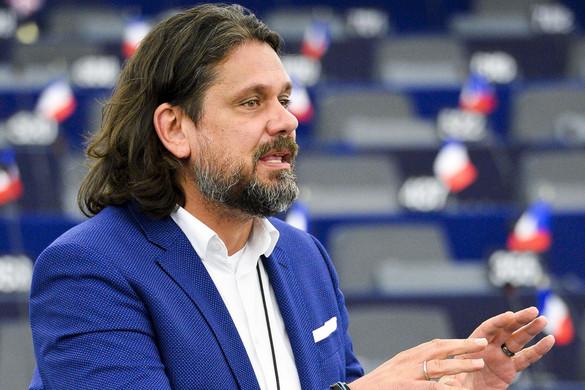 Deutsch Tamás: Csatát nyertünk,  de a háborúnak nincs vége