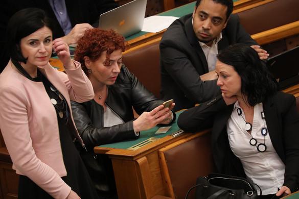 Fidesz: A baloldalra továbbra sem lehet számítani