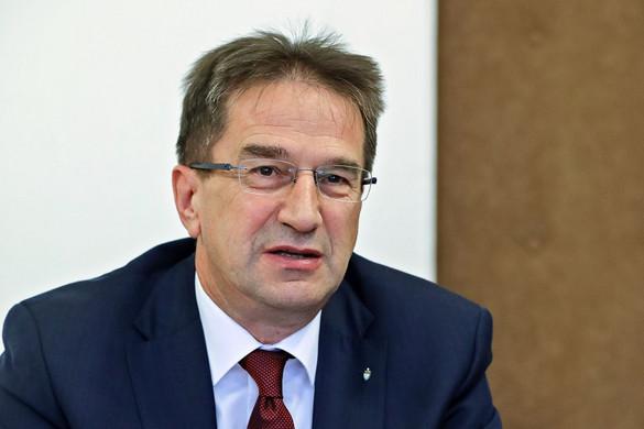 Völner Pál: Elutasítjuk a lopakodó jogalkotást