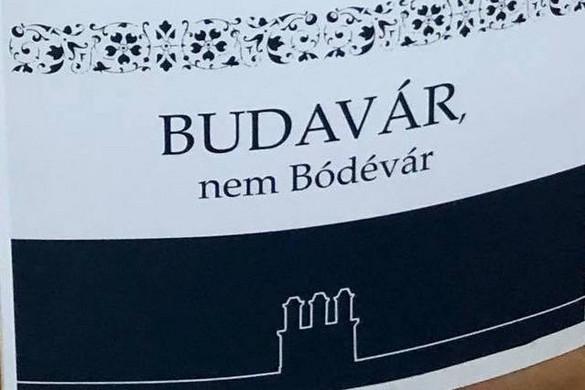 Budavári civilekkel tiltakozik a Fidesz
