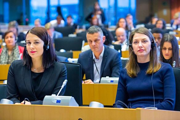 A magyar baloldalnak a nemzeti érdekeknél fontosabb a saját ideológiája