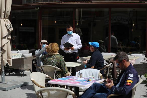 Tizenhárommal emelkedett a fertőzöttek száma hazánkban