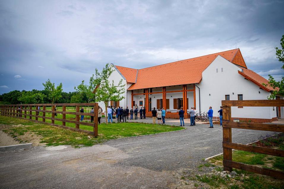 A Téry Ödön nemzeti turistaház-fejlesztési program keretében épült