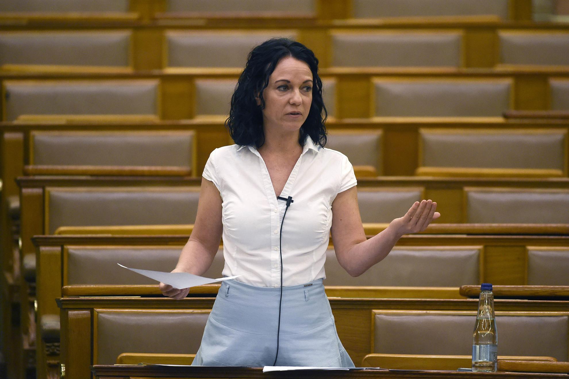 Szabó Tímea, a Párbeszéd frakcióvezetője