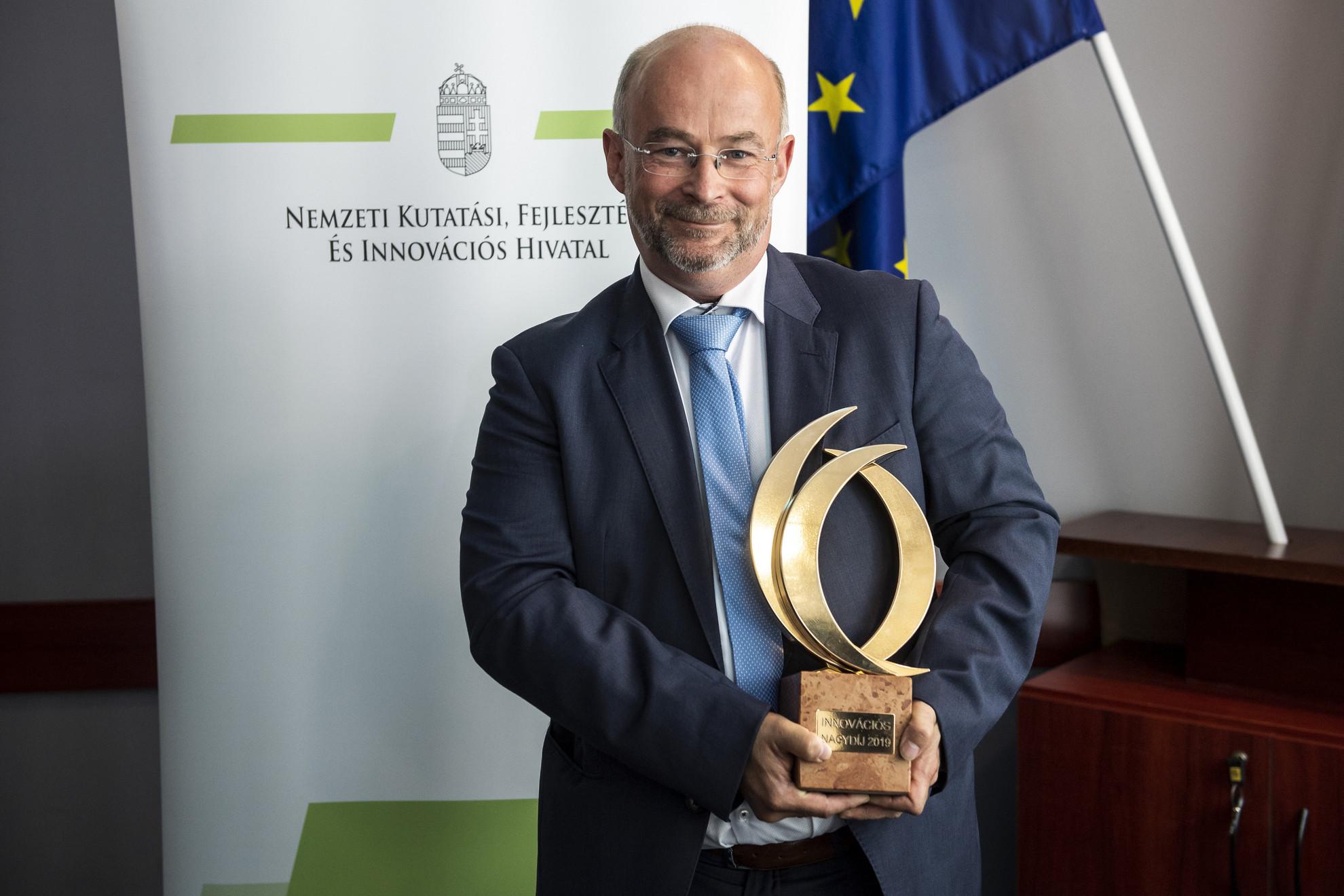 Molnár Béla, a 2019-es Magyar Innovációs Nagydíjjal kitüntetett 3DHISTECH Kft. igazgatója