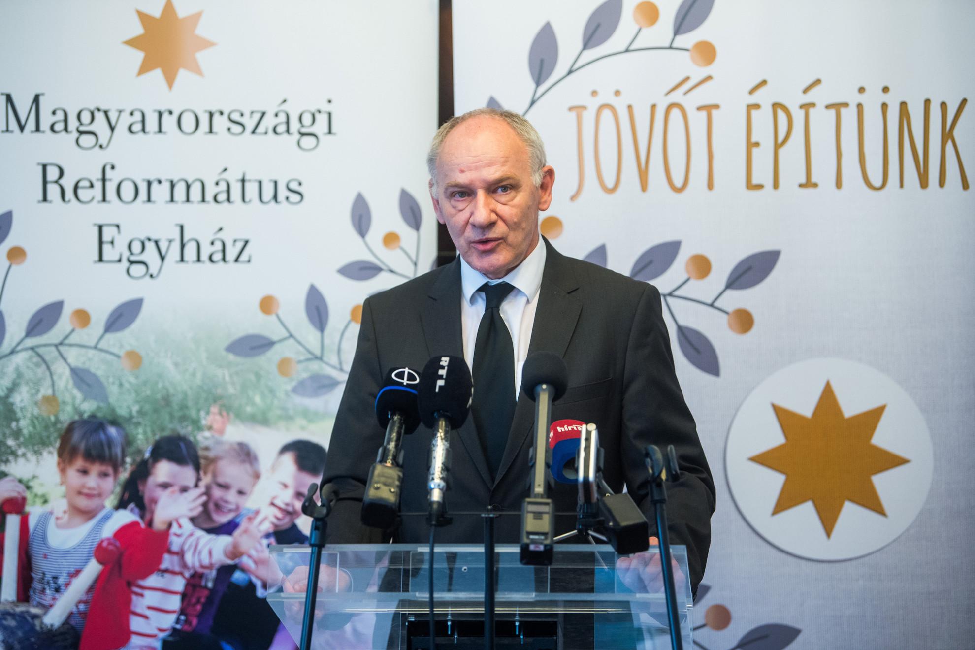 Bogárdi Szabó István püspök, a Magyarországi Református Egyház zsinatának lelkészi elnöke