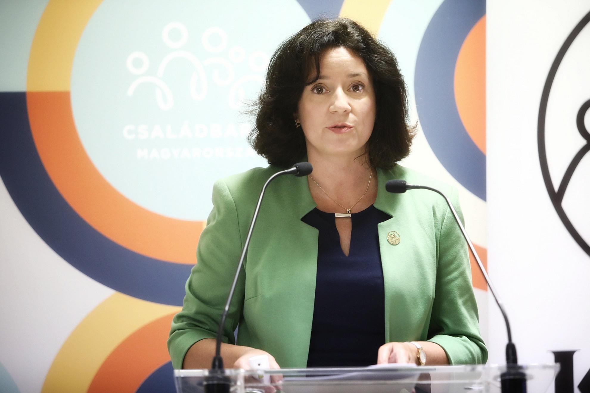 Fűrész Tünde, a Kopp Mária Intézet a Népesedésért és a Családokért (KINCS) elnöke