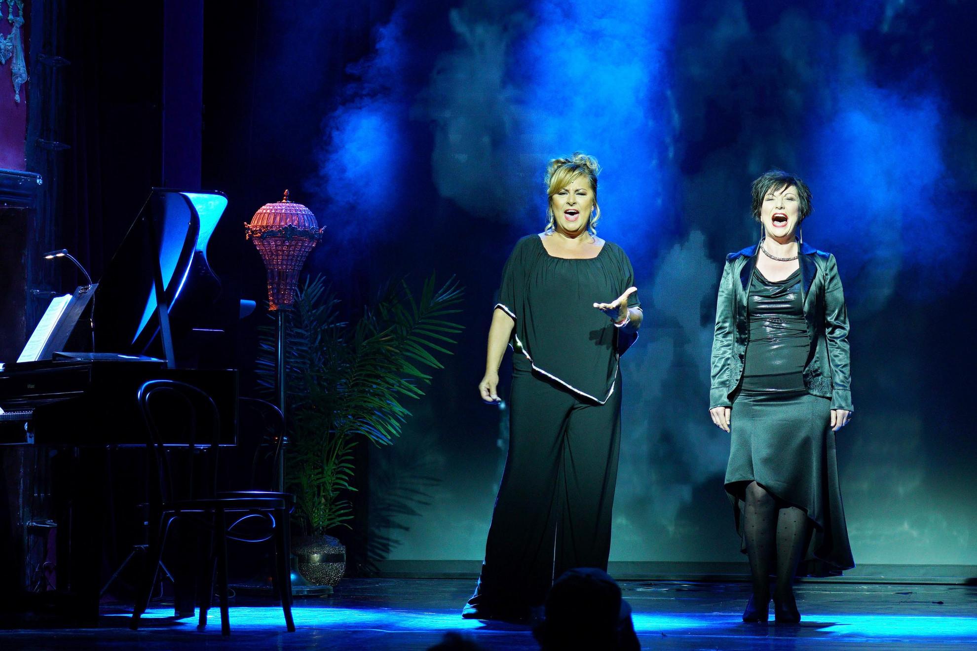 Szulák Andrea és Siménfalvy Ágota a Nine/Kilenc című Broadway-musicalből adtak ízelítőt