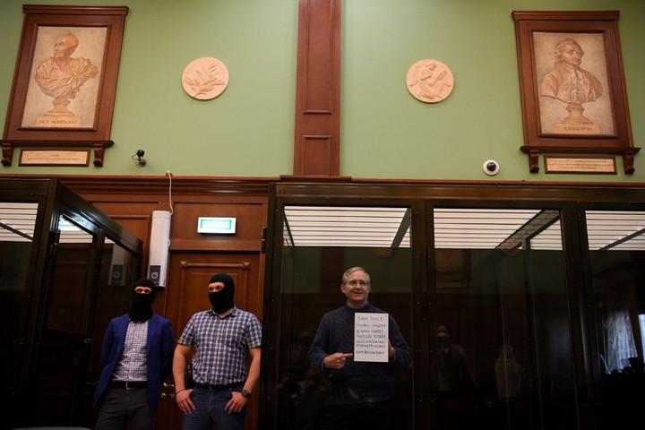 Amerikai tengerészgyalogost ítélt el Moszkva kémkedésért