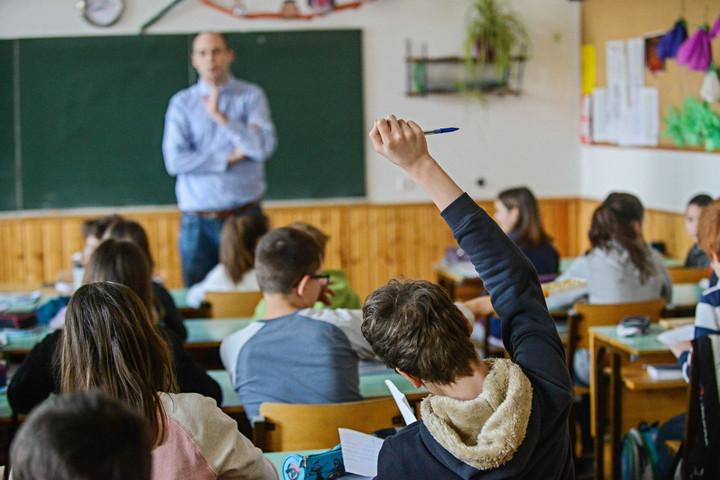 Meghirdették a tanodák működtetését segítő pályázatot