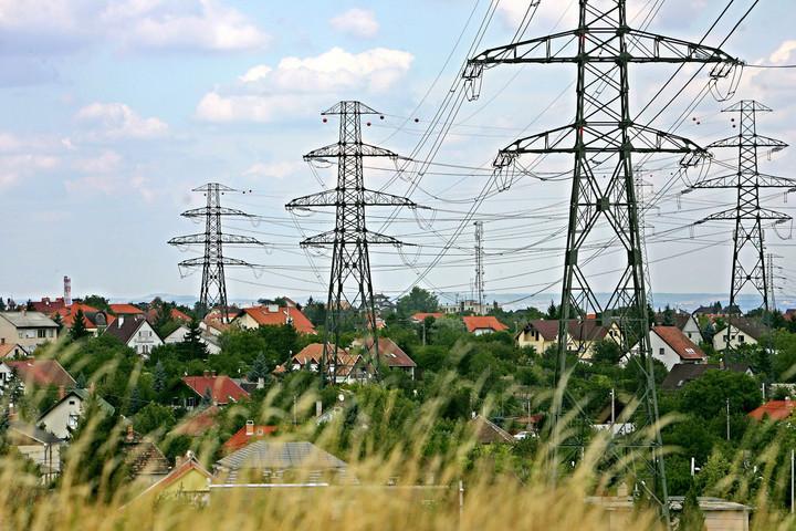 Átmenetileg visszavetette az áramfogyasztást a járvány