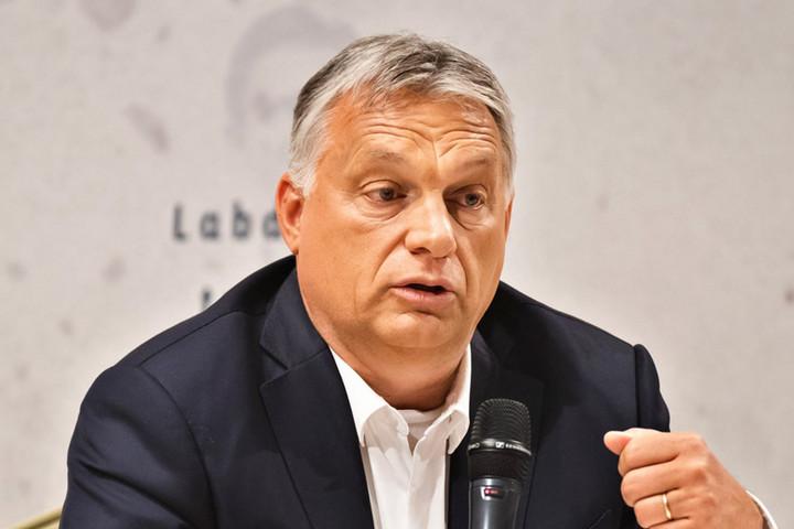 Orbán Viktor: Haptákban futballozni nem lehet…