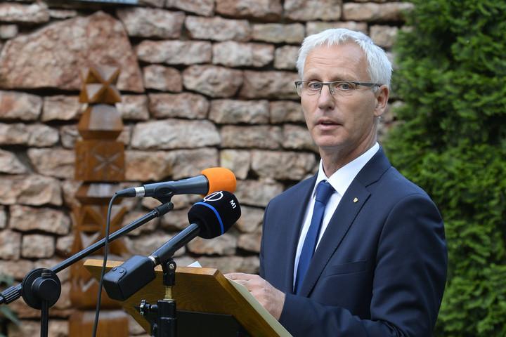 Soltész: Trükkök százaival sem tudtak minket elpusztítani