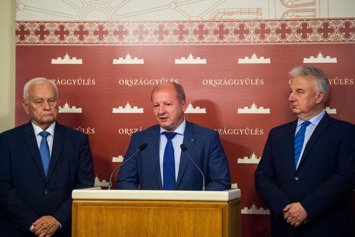 Simicskó István a KDNP új frakcióvezetője