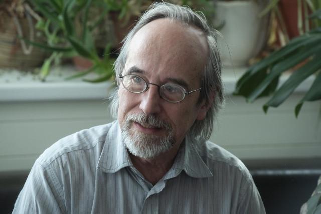 Szathmáry Eörs visszalépett az akadémiai elnökjelöltségtől
