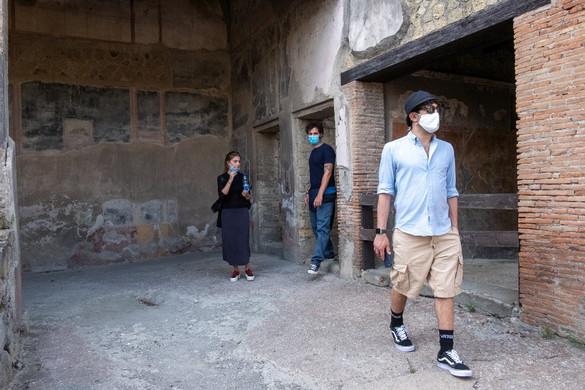 Megközelítette a 6,7 milliót a fertőzöttek száma világszerte
