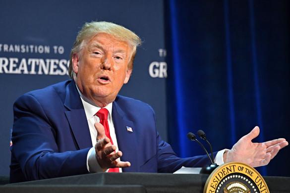 Trump védelmébe vette az állami posta választási beavatkozással vádolt vezetőjét