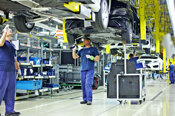 A bértámogatás védi a munkahelyeket