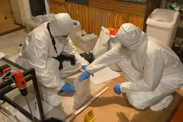 300 millió forint értékű metamfetamint találtak egy droglaborban a rendőrök