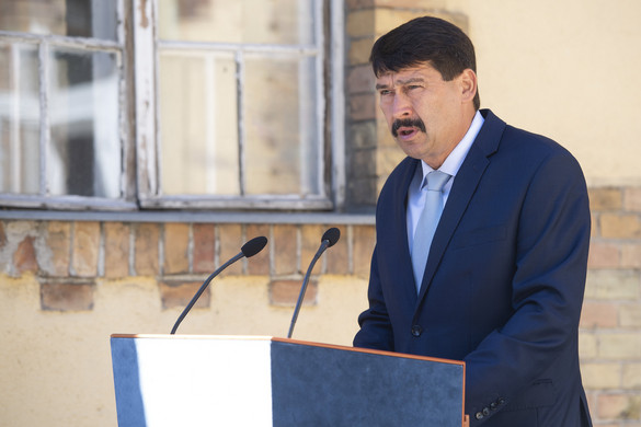 Áder János az Európai Bizottság elnökéhez fordult a Tisza és a Szamos szennyezése miatt