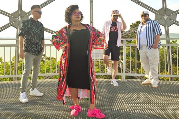 Az Irie Maffia és Fluor jegyzi a Nagyon Balaton dalát