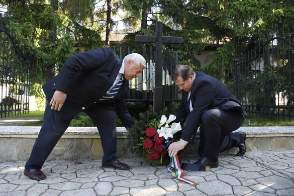 Trianon-emlékművet avattak Pestszentlőrincen