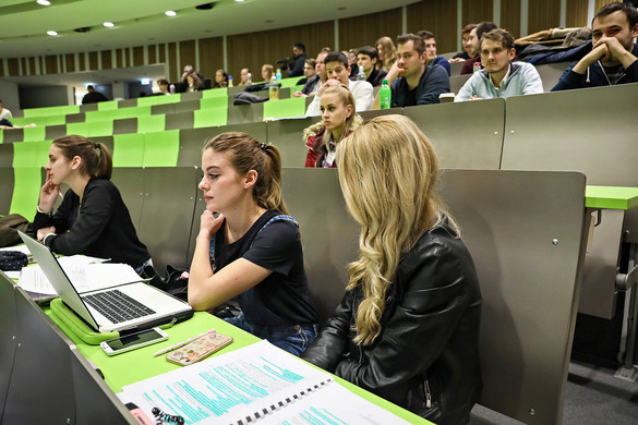 Hatékonynak tartják a digitális oktatást a hallgatók