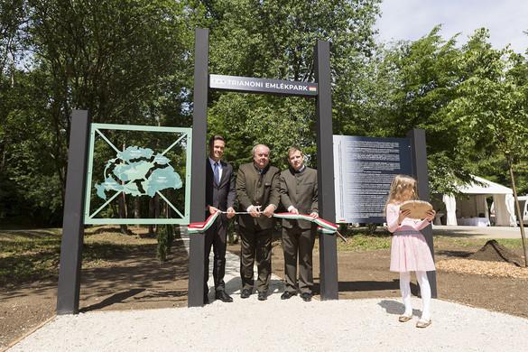 Átadták a Trianoni Emlékparkot Sopronban