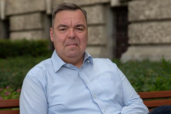L. Simon Lászlót választották a Tokaji Írótábor elnökének