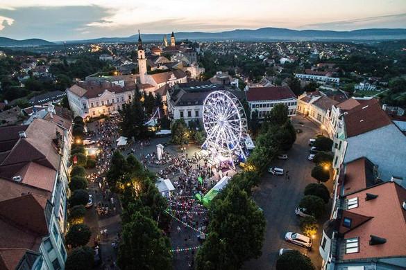 Újra beindul a kulturális élet Veszprémben és a Balatonon
