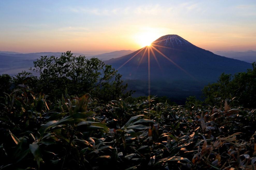 Egy kultúra a Fudzsi, a karate meg a szaké mögött
