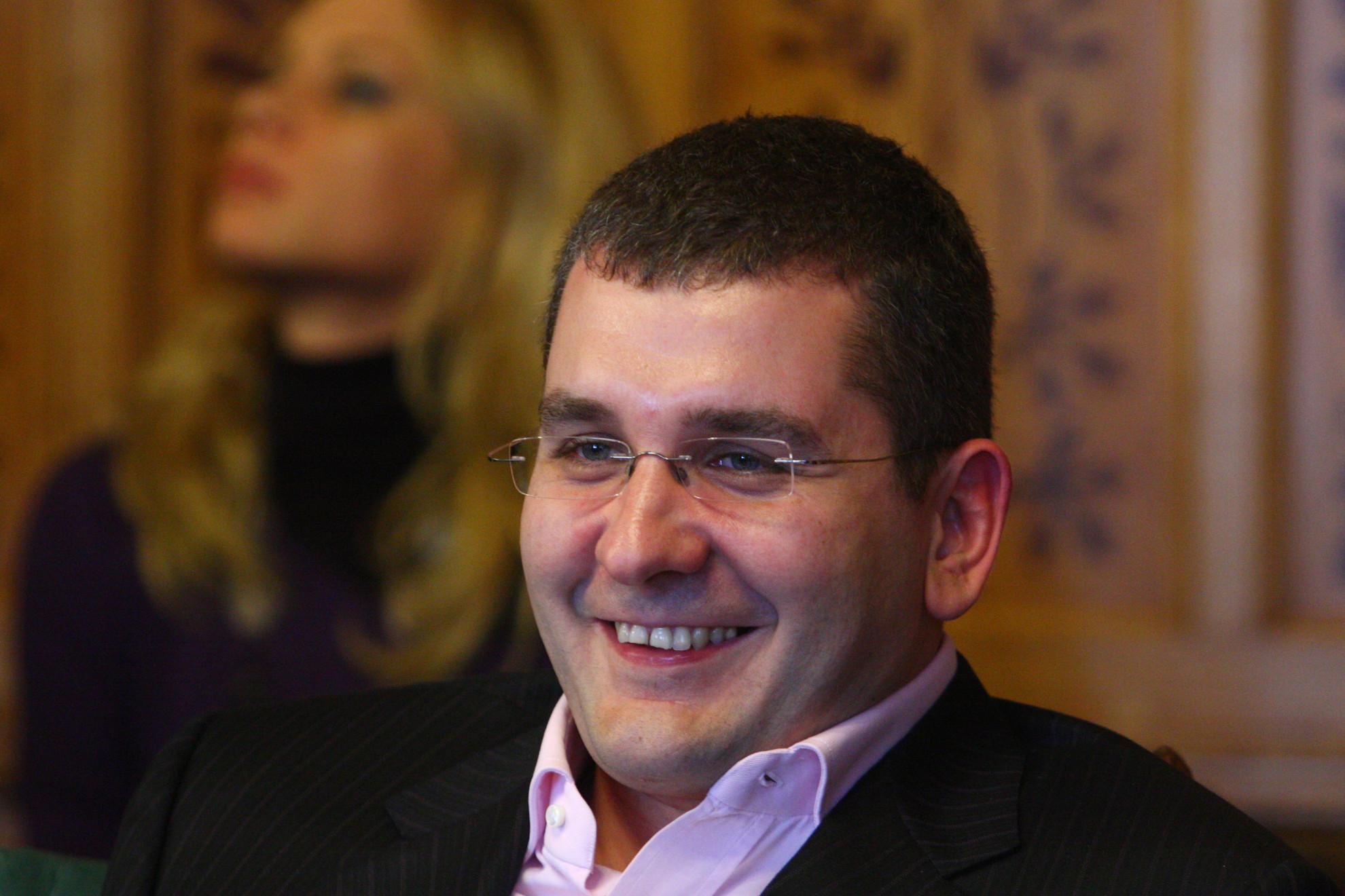 Kóka János, az első Gyurcsány-kormány gazdasági minisztere is segített állami megrendelésekhez jutni a Bajnai érdekeltségébe tartozó Dataflexnek