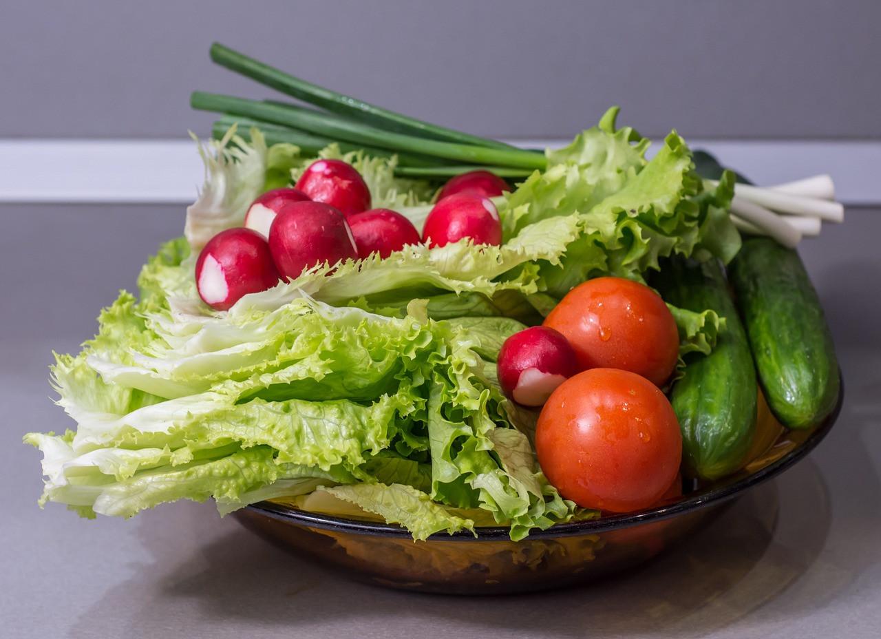Lehetőség szerint válasszunk szezonális zöldséget, gyümölcsöt