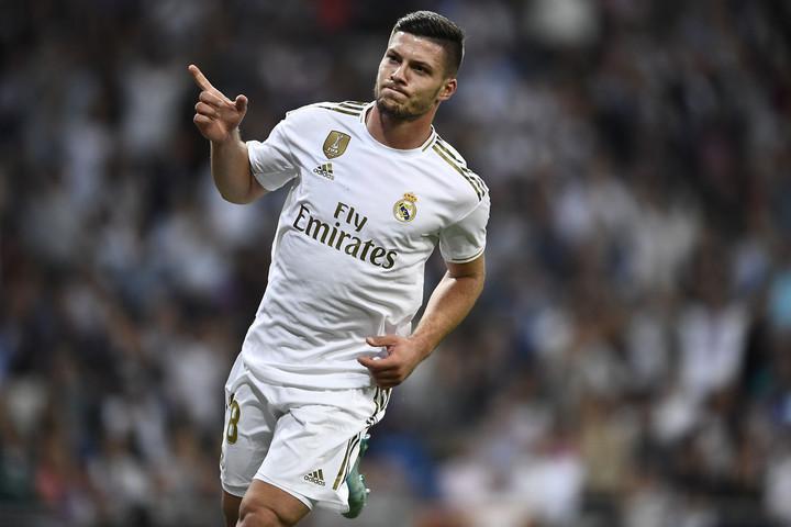 Koronavírus-gyanú miatt nincs a Real Madrid keretében Jović