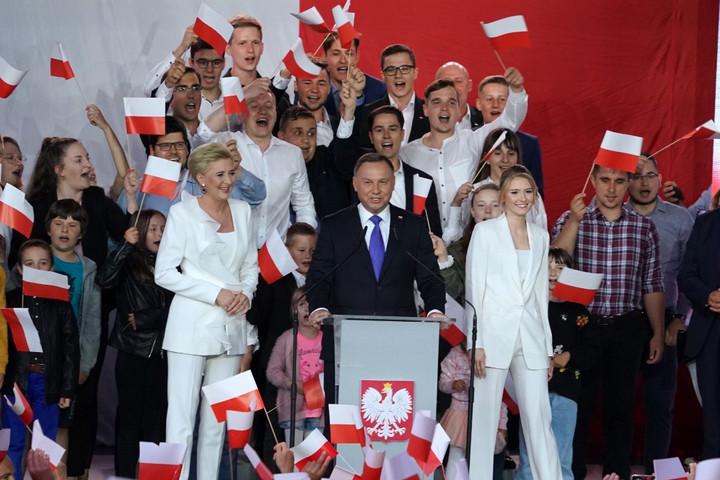 Andrzej Duda nyerte a lengyel elnökválasztást
