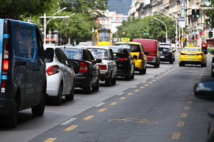 Karácsony szerint a parkoló autók miatt nő a légszennyezés