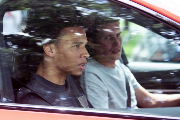 Leroy Sané a Bayern Münchenhez szerződött
