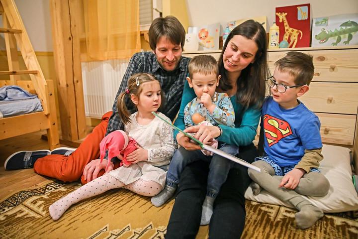 A válságkezelés egyik eszközévé vált a családok támogatása