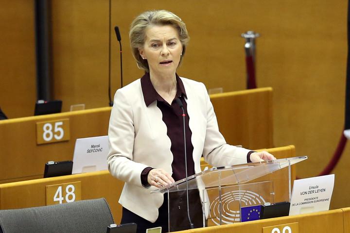 A költségvetési kompromisszum elfogadása mellett érvelt Ursula von der Leyen