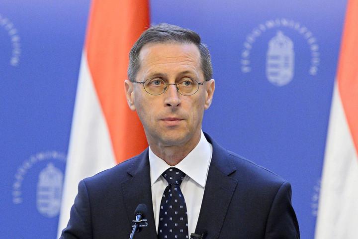 Varga Mihály: A magyar gazdaság kezd visszatérni a növekedési pályára