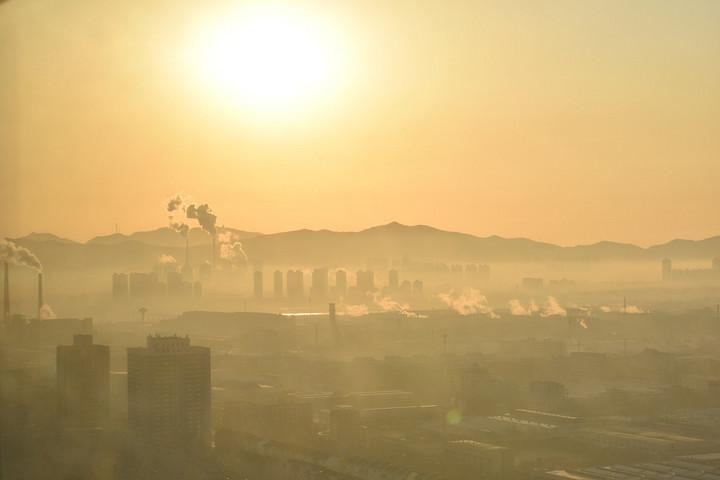 Két évvel csökkenti a várható élettartamot a légszennyezettség