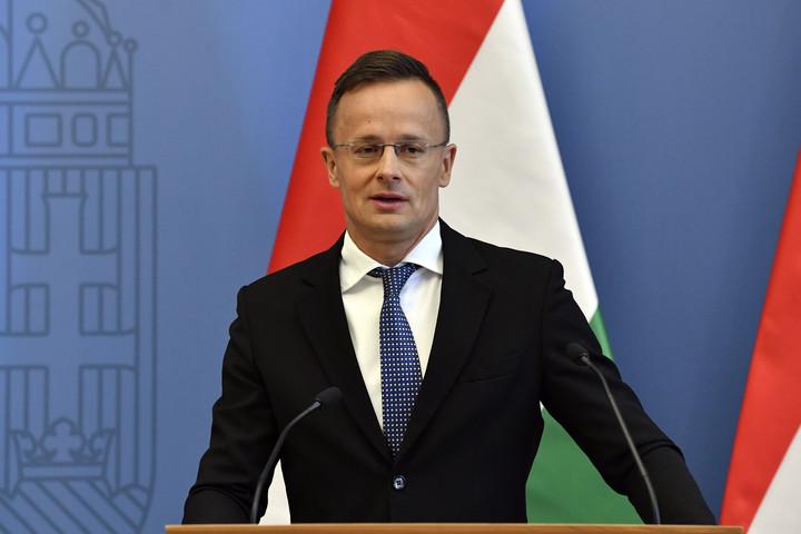 Szijjártó Péter: 400 új munkahelyet teremt a Lidl Magyarországon