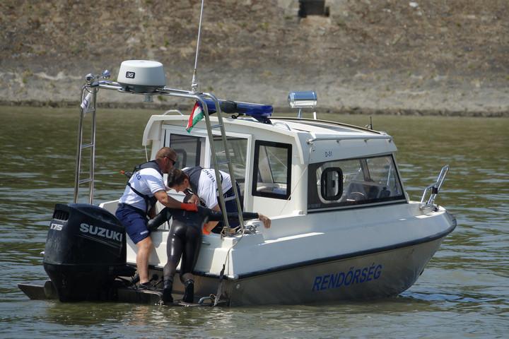 Idén már 10 embert sikerült kimenteni a Dunából Budapesten